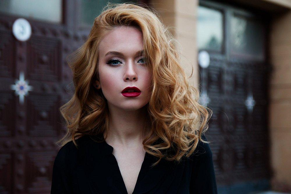 Sfaturi pentru îngrijirea părului uscat și deteriorat