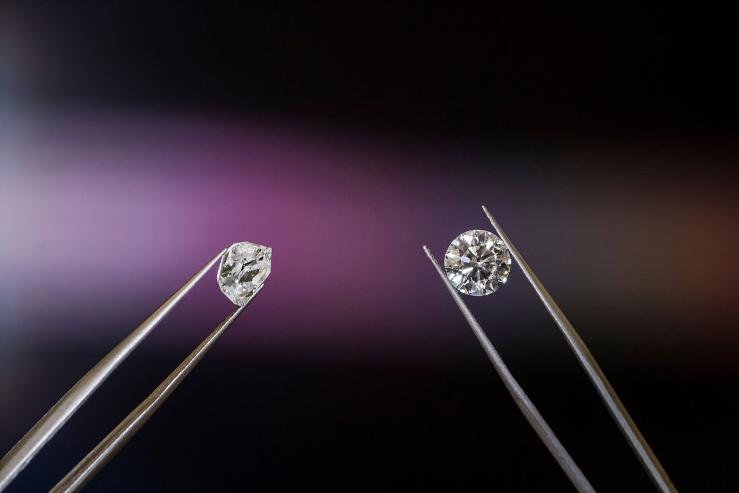 De ce diamantele sunt atât de valoroase?